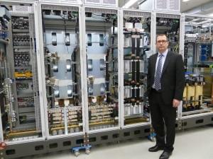 """Jure Mikolcic, Geschäftsführer Knorr-Bremse PowerTech, erläutert: """"Wir unterstützen unsere Kunden bei der Inbetriebnahme der Produkte mit dem Anspruch mittelständischer Flexibilität und großindustrieller Leistungsfähigkeit."""""""