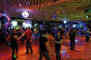 Social Dance-Party