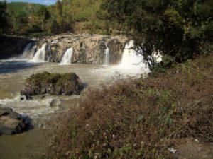 Wasserfall im zentralen Hochland von Vietnam