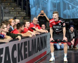 (Foto: HJKrieg, Erlangen): HC Erlangen - Christopher Bissel mit Spielfreude und fünf Treffern dabei