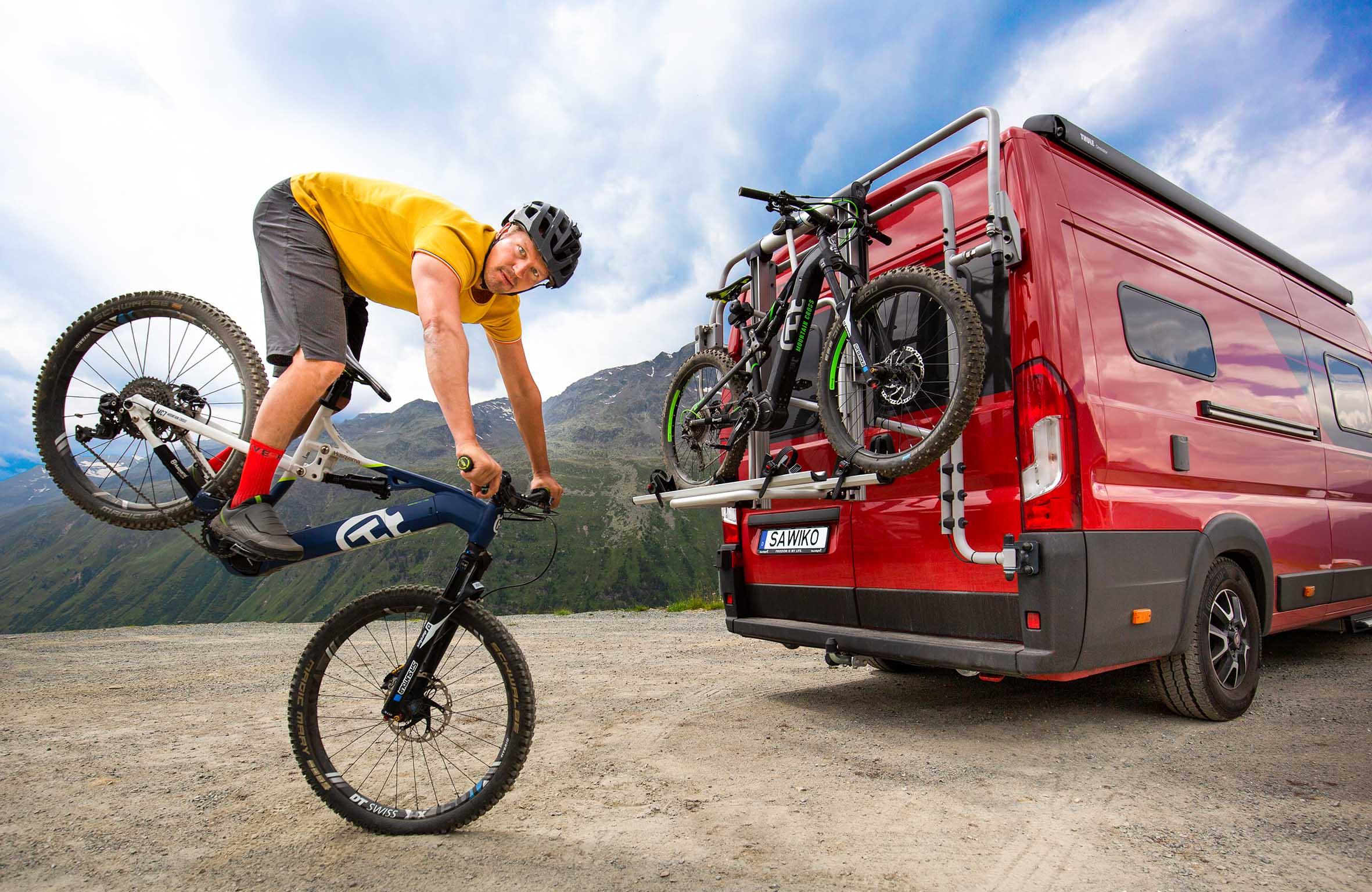 Messe Reise + Camping in Essen: Den perfekten Träger für Fahrrad, E-Bike und Motorrad finden