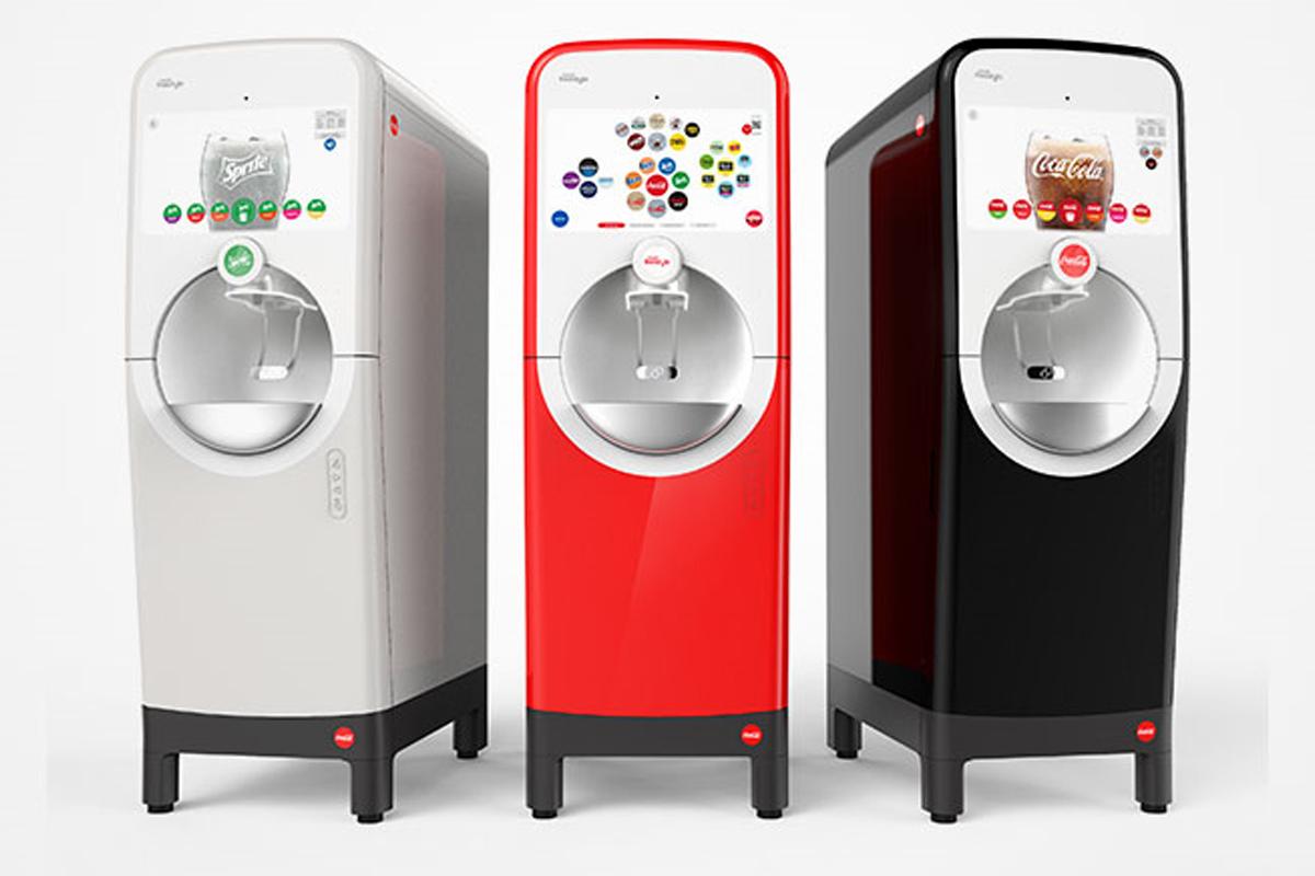 Plexus erhält Auftrag für neuen Coca-Cola Freestyle Automat