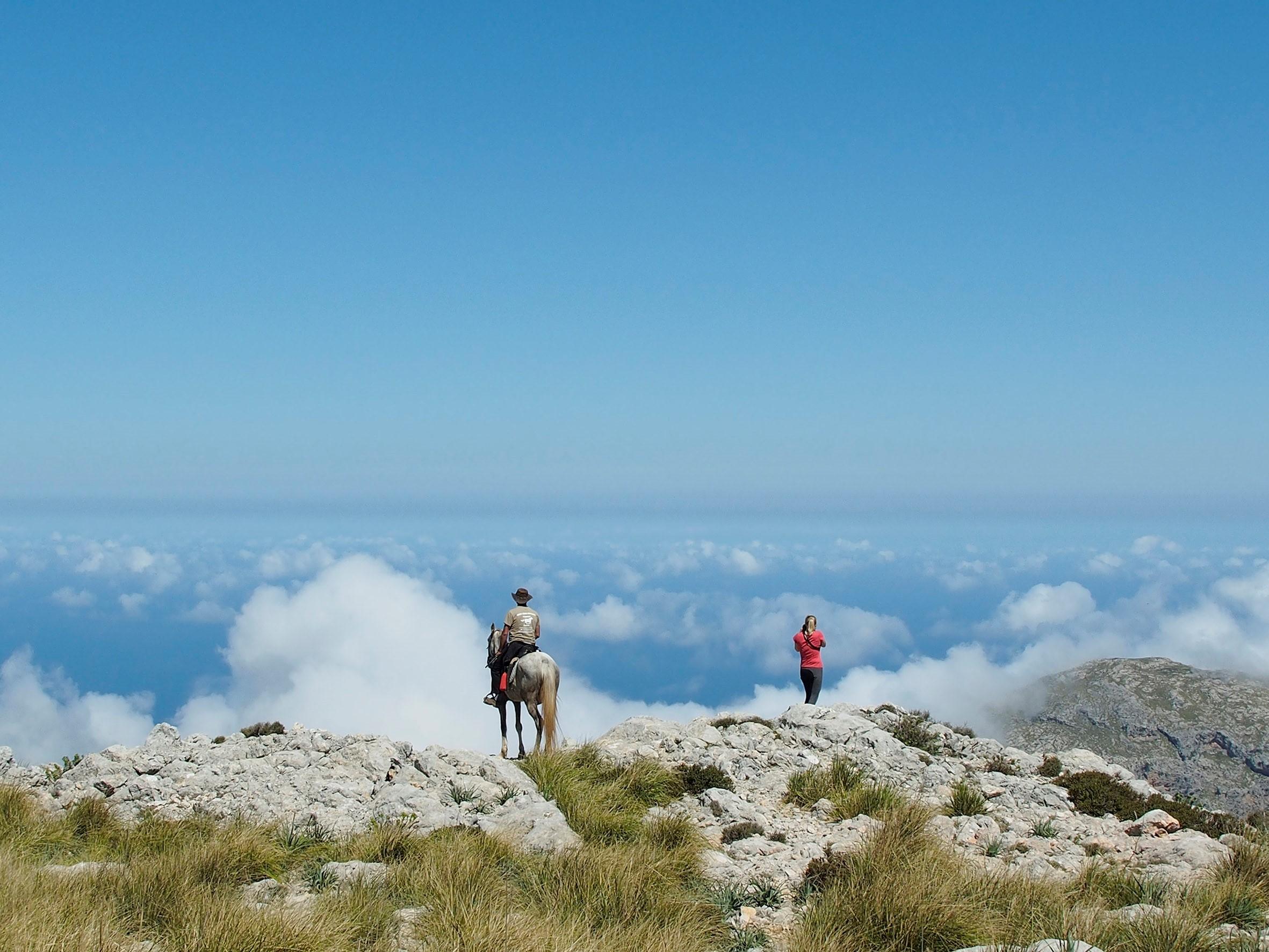 Saisonstart für Wanderritte in Europa – Im Sattel unterwegs