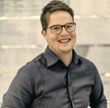 Felix Brunner: 5 Sterne Redner hat Nebenrolle in Kinofilm