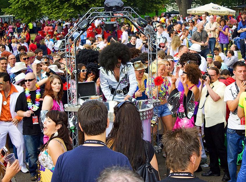 Danceparader – die kleinste mobile Disco über Ellen Kamrad buchen.