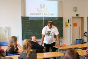 Wertecoach Martin Rietsch mit seinem 2schneidig@school-Programm in München