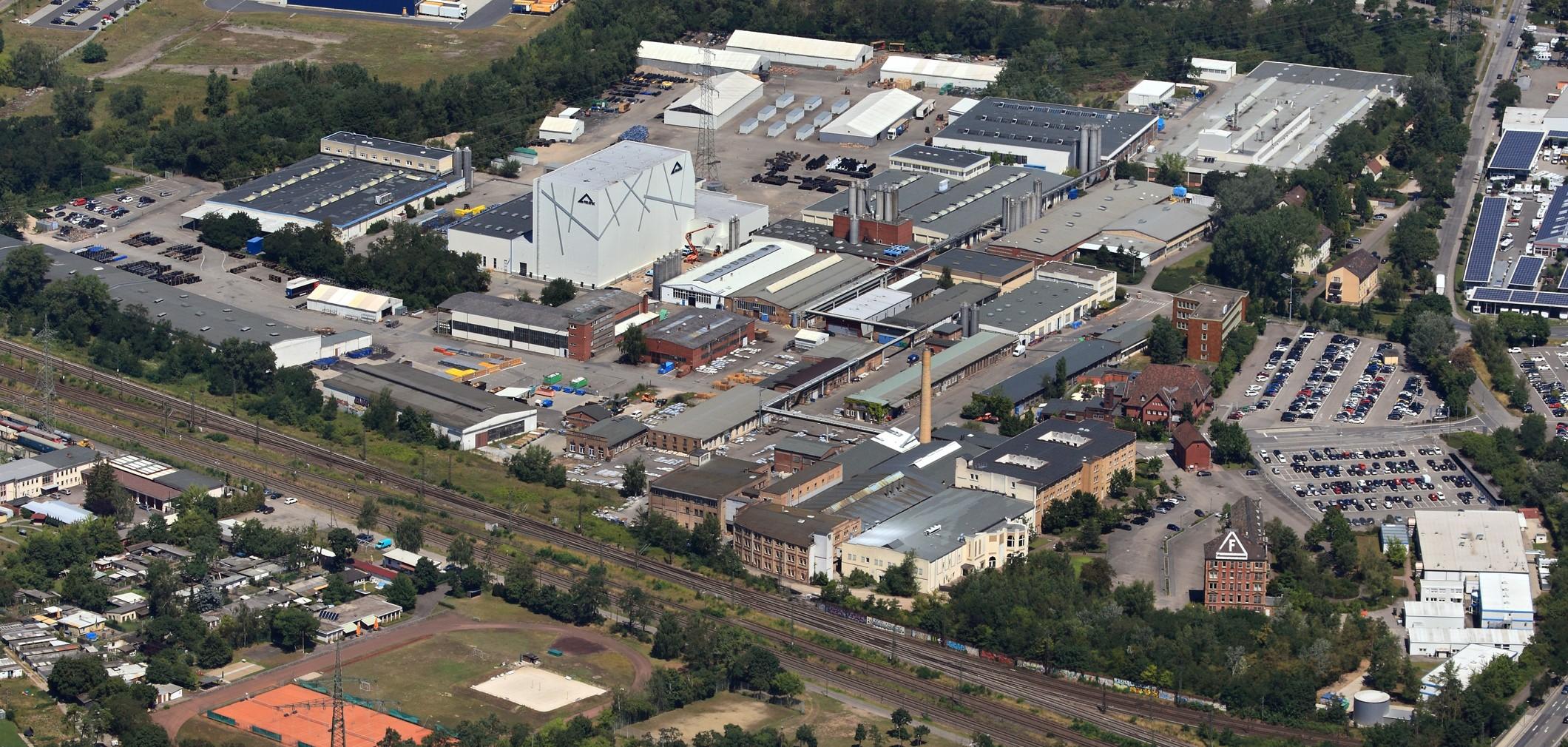 Kyocera übernimmt den Hochleistungskeramik-Sektor der deutschen Friatec GmbH