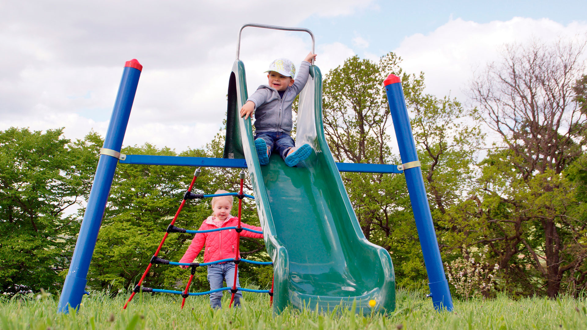 Kinder brauchen altersgerechte Spielplätze