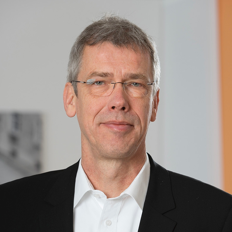 SoftProject GmbH: Dr. Ulrich Mehlhaus verstärkt die Geschäftsführung