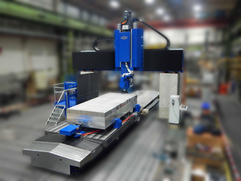Erste vollautomatische Fräsmaschine für Aluminiumbarren