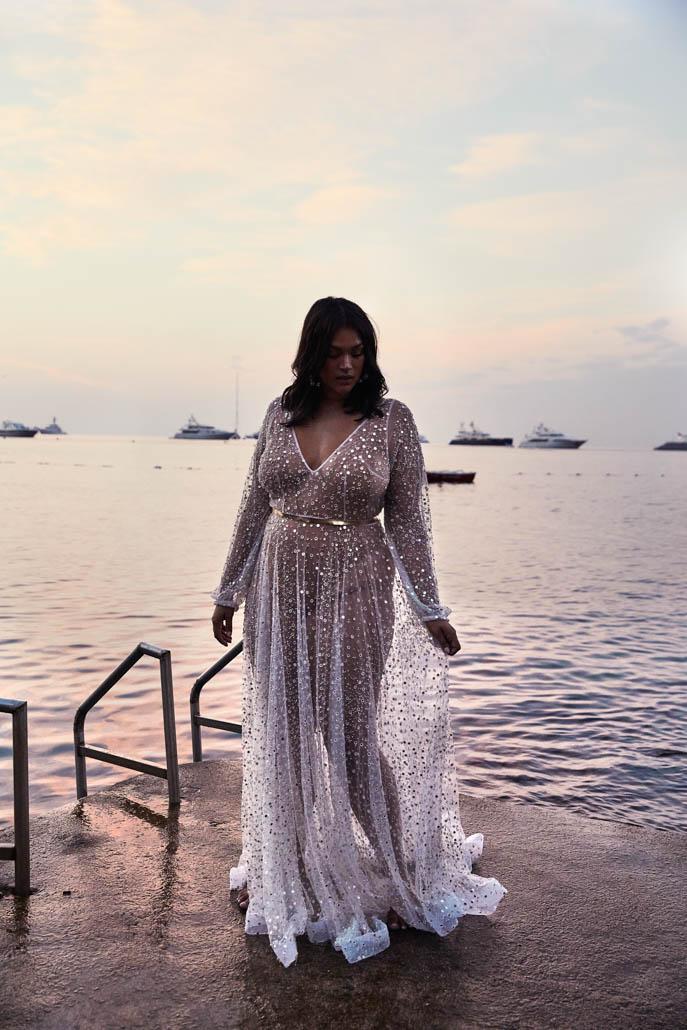 Der Brautkleid-Trend: Naked Wedding Dress für Curvys