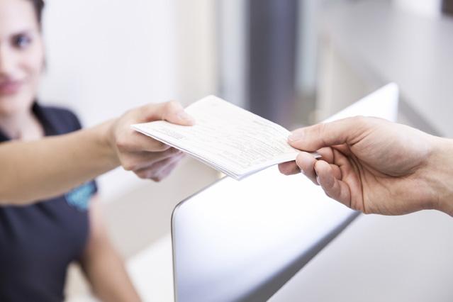 Ohne Überweisung zum Facharzt? – Verbraucherfrage der Woche der DKV