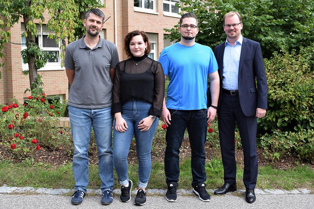 v.li.: Jürgen Lang, Katharina Meisenecker, Georg Wiesner und Marius Aach. (Foto: Bernhard Krebs)