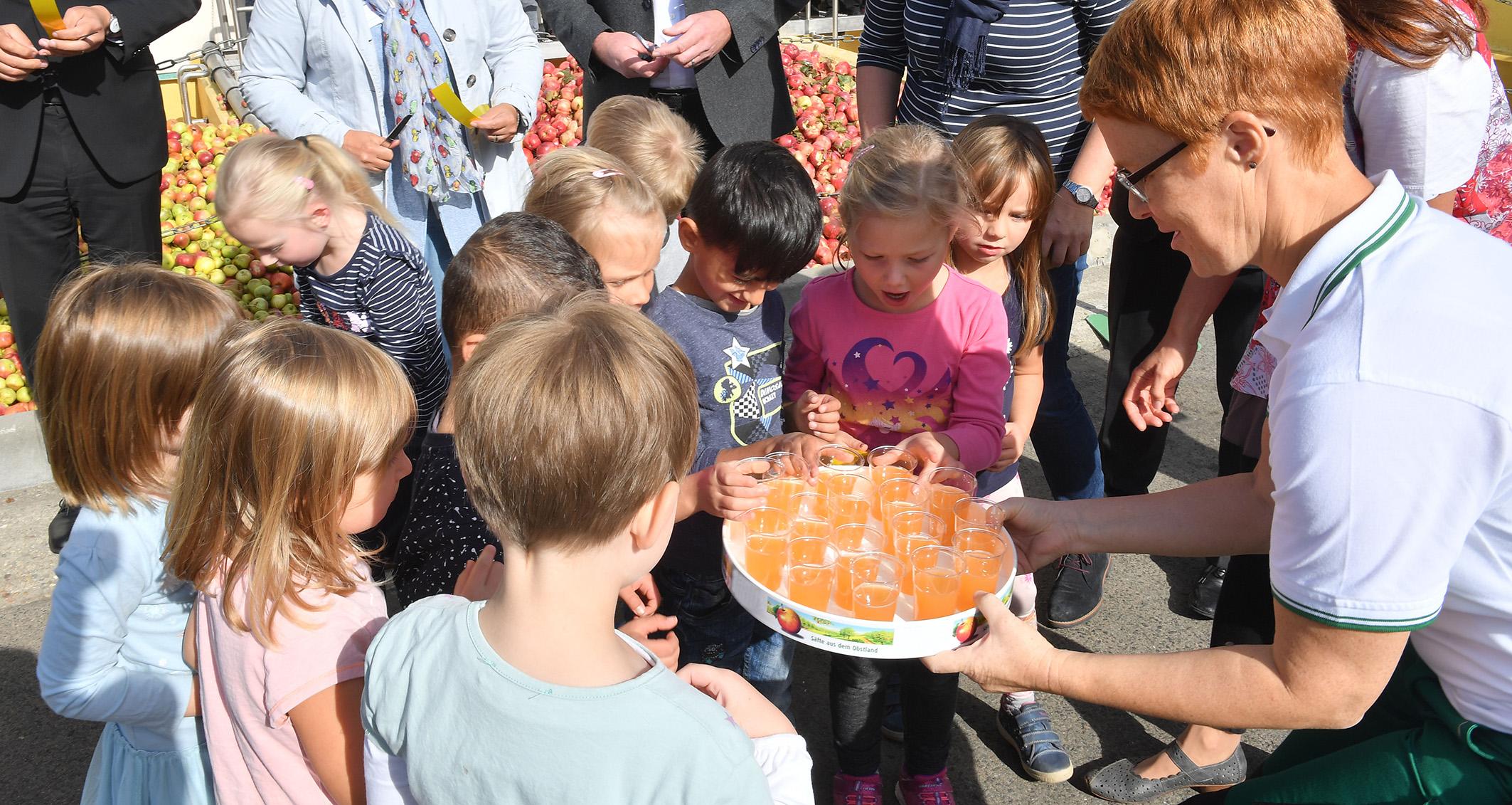 Rund 30 Fruchtsafthersteller öffneten ihre Türen