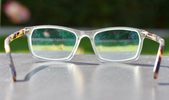 Augenarzt aus Neuss zum Einfluss von Vitamin C auf Grauen Star