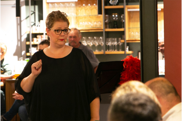 Comedian, statt Plus Size Model – FrauAndrea im Interview