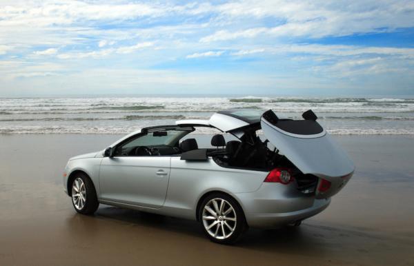 SmartTOP Dachmodul für VW EOS ermöglicht Verdeckbedienung während der Fahrt