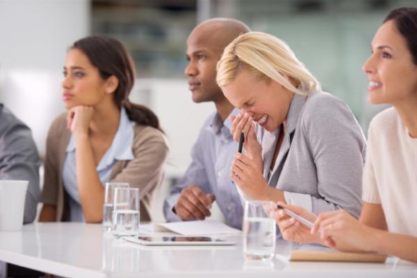 Schadet es, Niesen zu unterdrücken? – Tipp der Woche der DKV