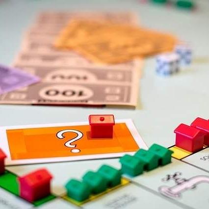 Baufinanzierung – Warum man nicht bei einer Hausbank finanzieren sollte