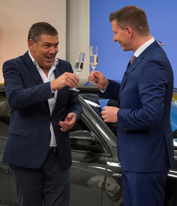"""Neuwagen zum Knallerpreis: 1-2-3.tv versteigert 15 Ford Fiesta   am """"Special Friday"""""""