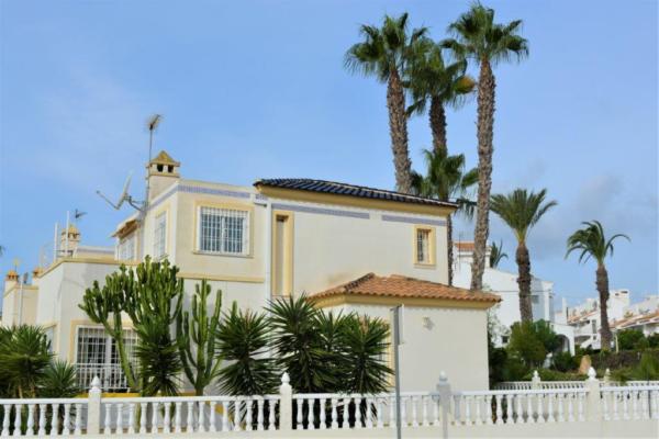 Geld verlieren oder ein Haus in Spanien am Meer kaufen
