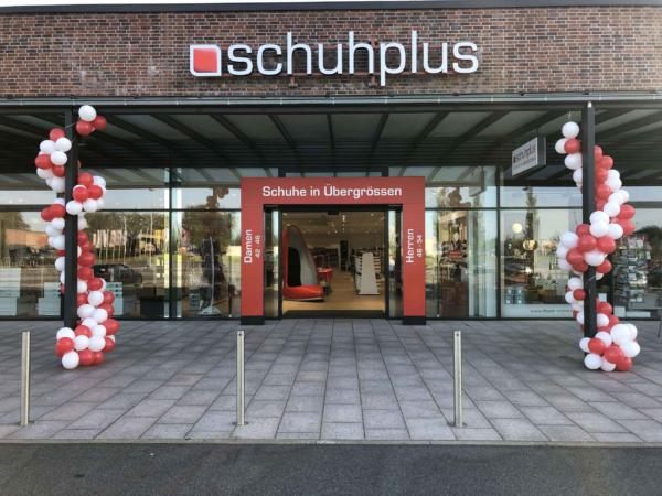 Große Schuhe in Kaltenkirchen bei schuhplus